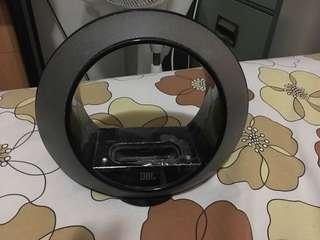 Dijual JBL Speaker (Dock) warna hitam - kondisi BAGUS