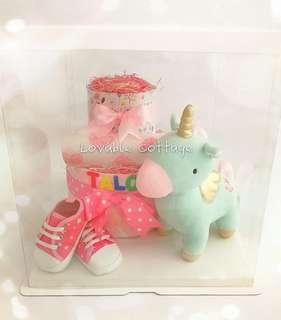 🚚 Baby Hamper diaper cake
