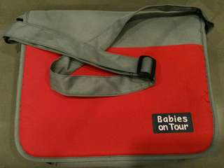 *BRAND NEW* Fully padded baby-items sling bag