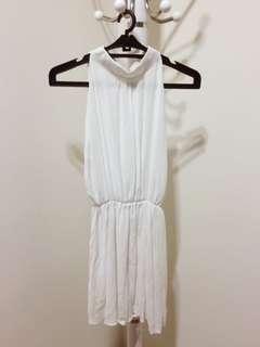 🚚 氣質款 削肩 微領 腰鬆緊 白色 洋裝 婚宴 謝師宴