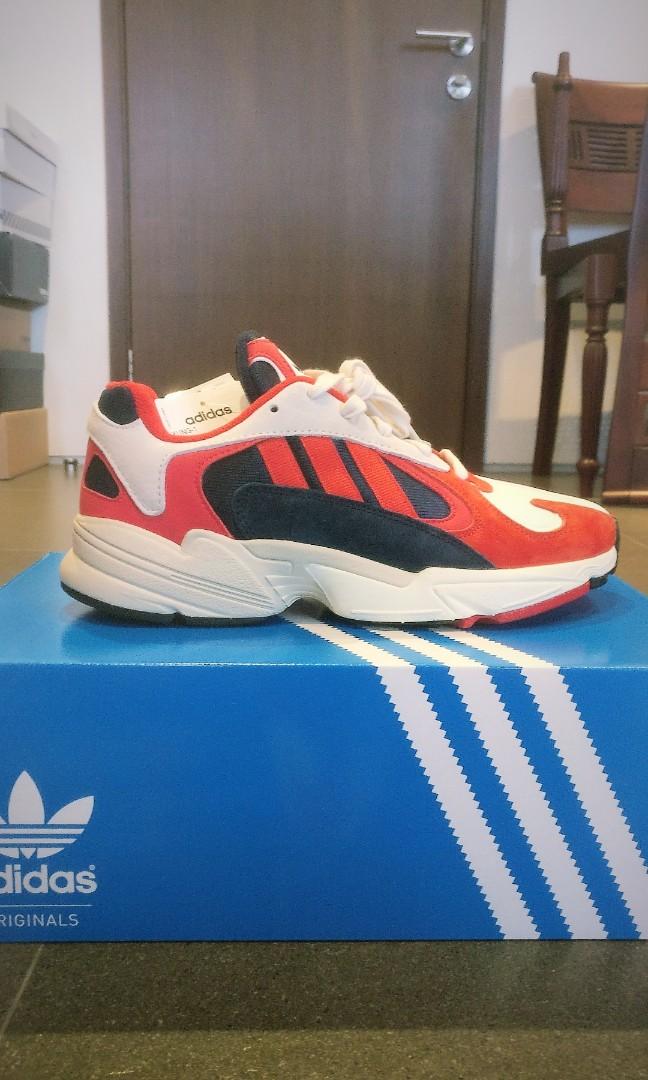 057b5bcf075110 Adidas Yung 1
