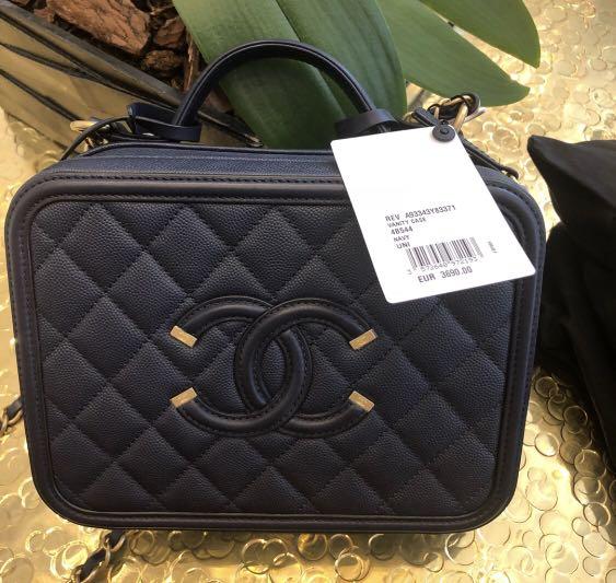 745784b591ae BNIB Chanel Vanity Case Navy Blue