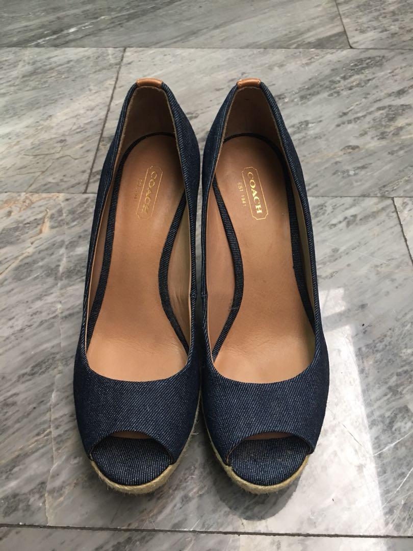 1eb8774526d Coach shoes 100% Authentic!!