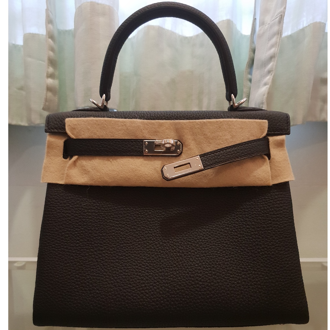 ef8a7d09f538 HERMES Kelly 25 Black Togo Leather with PHW