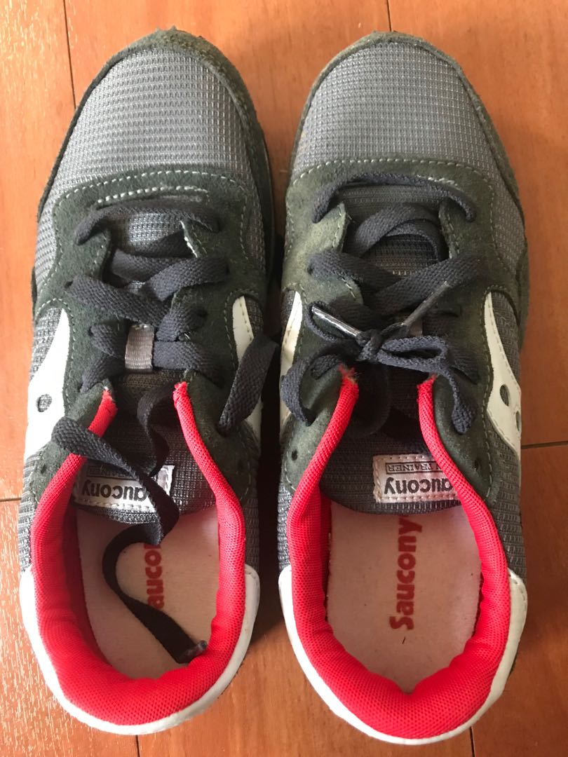 77bb93d384 Saucony trainers size 7.5 us mens or 9 us womens