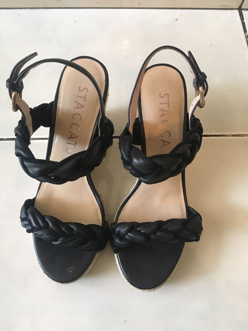Staccato wedges d2e3e6ddfc