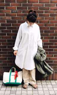 🚚 Vintage 瑞典公發 military white shirt Sweden a room model groovy beams
