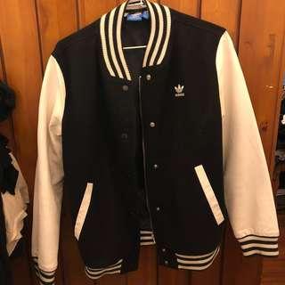 🚚 Adidas教練外套