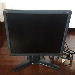 Black ViewSonic VP191b 19 inch LCD monitor