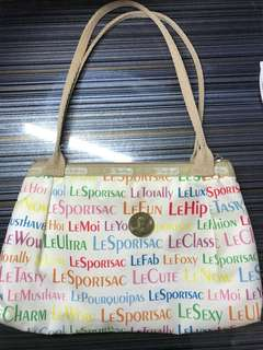 🚚 LeSportsac bag