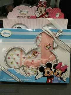 *BRAND NEW* Disney Baby Girl Gift Set