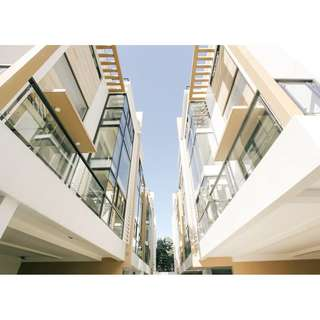 Luxury Living in the Metro: Premium Quality Townhouse with Elevator in Cubao, Quezon City