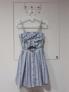 🚚 (九.五成新)LizLisa日系甜美品牌洋裝(*¯︶¯*)含運費