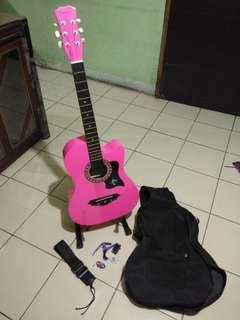 Acoustic Guitar (pink)