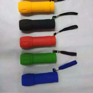 rubberized 9 led flashlight