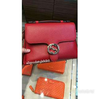 ❤SALE❤Gucci GG Interlocking Leather Bag Size M (Authentic)