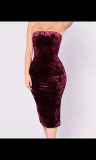 Fashion Nova burgundy velvet tube dress