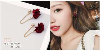 Floral earing