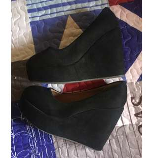 Doll Wedges