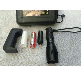 Ultrafire T6 Cree LED Torchlight Flashlight