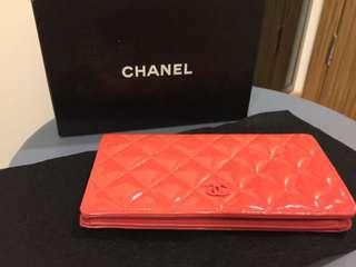 Chanel Wallet 80% new (有單據墨印到銀包表面)