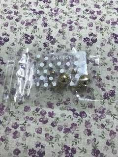 買賣場任一商品就送價值200耳環