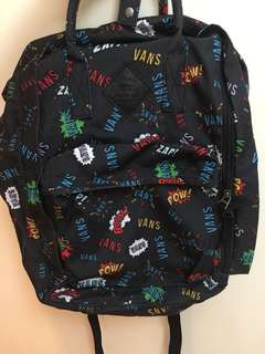 Vans backpack 99%new