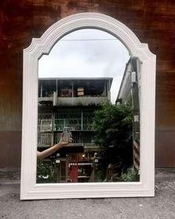 【swallow燕子二手懷舊傢俱】歐式 古典 雕花 白色 掛鏡 立鏡 壁掛 鏡子 [1806027]
