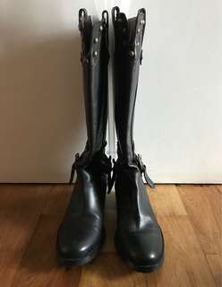 Hotwind Black Leather Boots Size 5