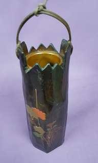 🚚 日本古董花瓶,此標是右邊有提繩那隻
