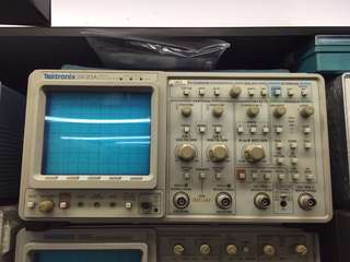 Tektronix 數字示波器 2430A Digital Oscilloscope