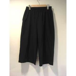 🚚 黑色口袋八分寬褲