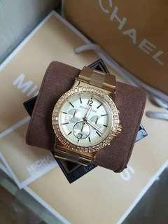 MK Watch w/ Stone