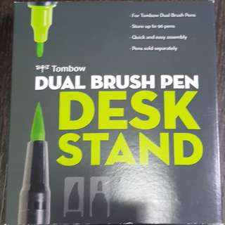 🚚 Tombow Dual Brush Pen Desk Stand