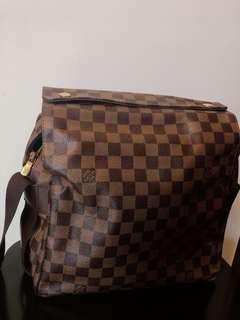 LV Bag 90%🆕