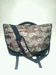 NIKE SLING BAG AUTHENTIC