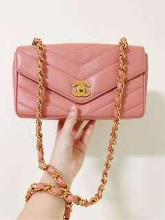 Vintage Chanel櫻花粉魚子醬磨砂金flap bag 26x16x8cm