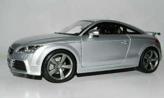 Bburago Audi TT 1:18 Scale