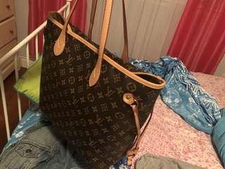 Louis Vuitton THE NEVERFULL bag