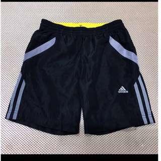 🚚 Adidas 中男童運動夏季薄短褲二手