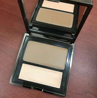 BECCA LOWLIGHT/HIGHLIGHT PERFECTING PALETTE (POURED)