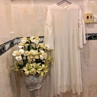 Long white dress KM