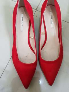 Zara red kitten heel pump