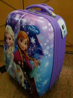 ToysRUs kids suitcase