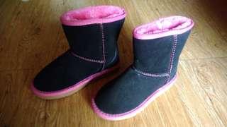 Snow miea shoes