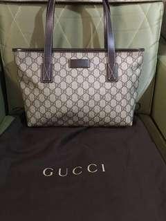 Gucci small tote bag Original/Authentic!