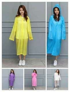 Lightweight raincoat for adults