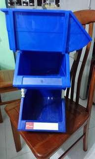 5 X Blue Plastic Container