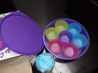 7 circle container