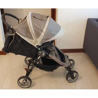 Baby Jogger City Mini - 4 Wheels